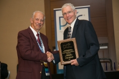 Emeritus Award Wellman pres by Berg